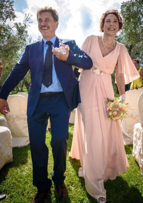 Auguri Matrimonio Amici Intimi : Un sì tra storici ulivi e amici intimi il matrimonio di