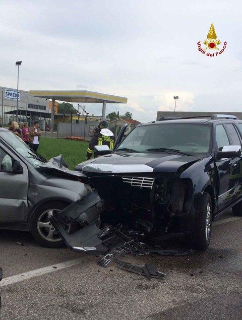 the best attitude 85aa9 260f8 Schianto contro la Jeep di Polegato Infermiera muore dopo 2 ...